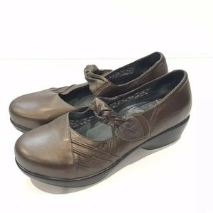 Dansko Ainsley Metallic Bronze Mary Jane Leather